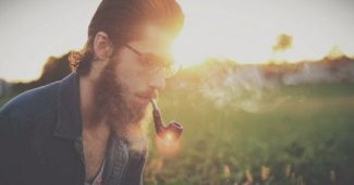 Men with beards are more attractive and flirt more, according to a study