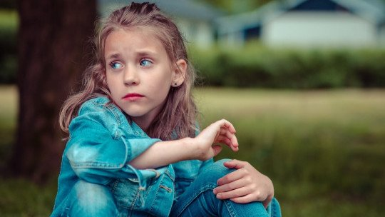 How do you help a child who feels rejected? 7 useful tips