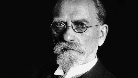 Edmund Husserl: biography of this philosopher of phenomenology