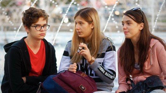 Ephebiphobia (phobia of adolescents): symptoms