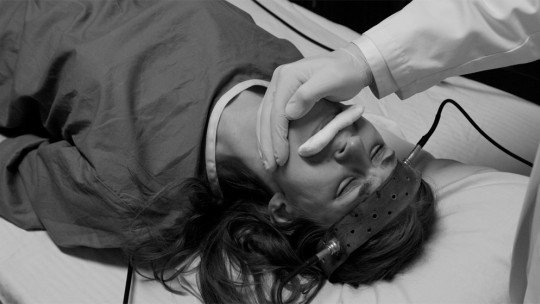 Electroshock: applications of electroconvulsive therapy