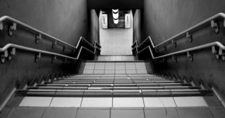 Fear of stairs (batmophobia)-symptoms, causes, and treatment