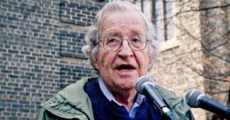 Noam Chomsky: biography of an anti-system linguist