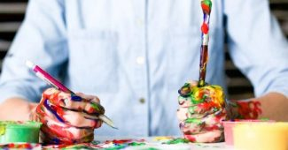 Creative thinking: characteristics and ways to enhance it