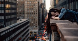 Why I wake up tired: 8 common causes