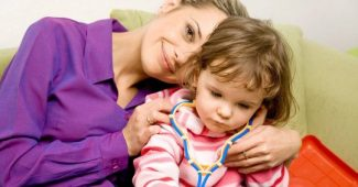 Munchausen syndrome by proxy: symptoms and causes