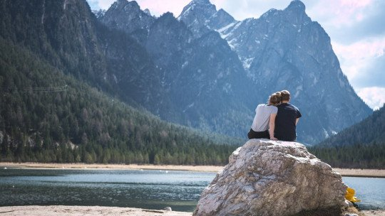 How do you know when to go to couples therapy? 5 good reasons